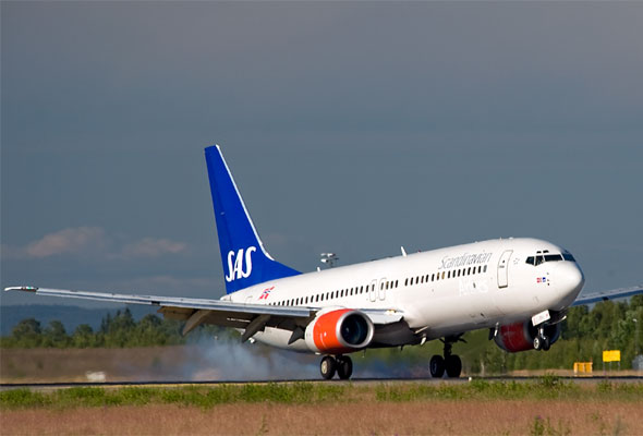 SAS-maskin inn for landing