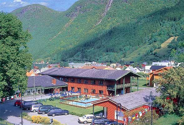 Hopstock hotell og motell, Vik i Sogn og Fjordane