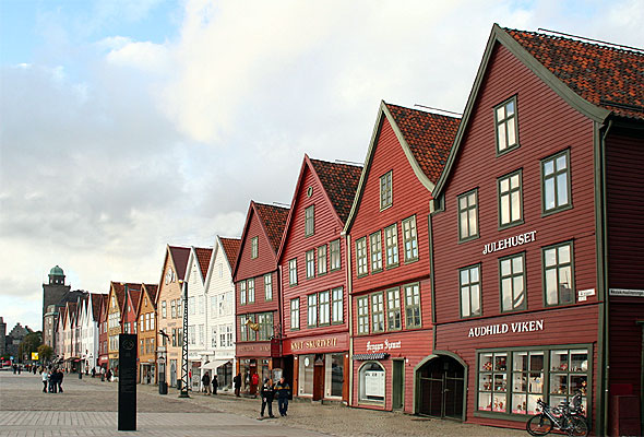 Bryggen i Bergen. Foto: Nina Aldin Thune/Wikimedia Commons