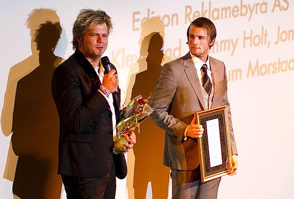 To representanter fra Tusenfryd på scenen i Dizzie Showteater onsdag kveld. Fotograf: Catharina Wandrup/Knut Joner