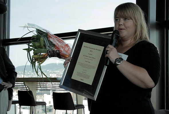 KLM Royal Dutch Airlines mottar sitt diplom i Oslo torsdag 24. mai 2012. Fotograf: Catharina Wandrup