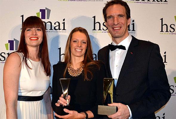 Kristina Schaathun, Tine Birkeland og Axel Huus fra Scandic Norge, under Adrian-utdelingen i New York 28. januar 2013. Foto fra Scandic Norge