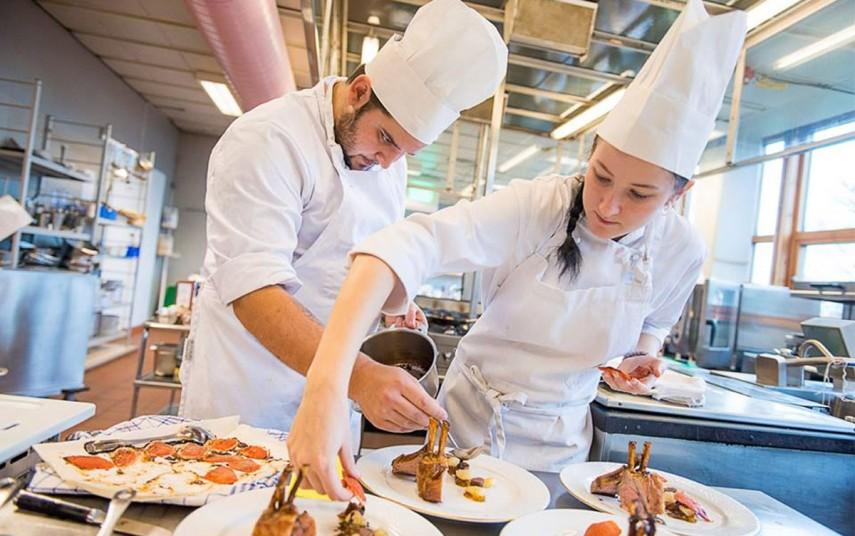 Kokkelærlinger fra Scandic Haugesund. Foto fra Scandic Hotels