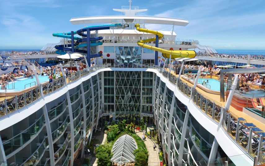 "Fra dekkene ombord på ""Harmony of the Seas"". Foto fra Royal Caribbean"