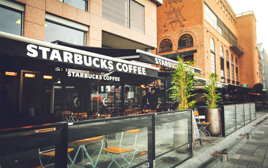 Starbucks på Aker Brygge i Oslo. Fotograf: Peter Solnør for Starbucks Norge.